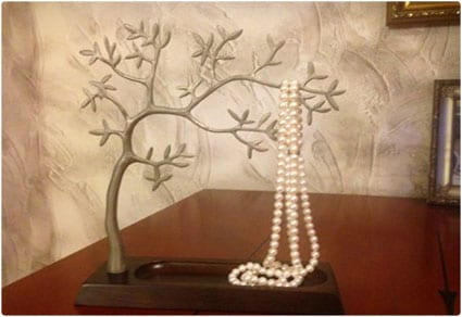 Sculpted-Jewelry-Tree