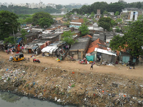 Majority of the slums are deprived of the benefits of urban infrastructure schemes under Jawaharlal Nehru National Urban Renewal Mission (Photo courtesy Wikipedia)