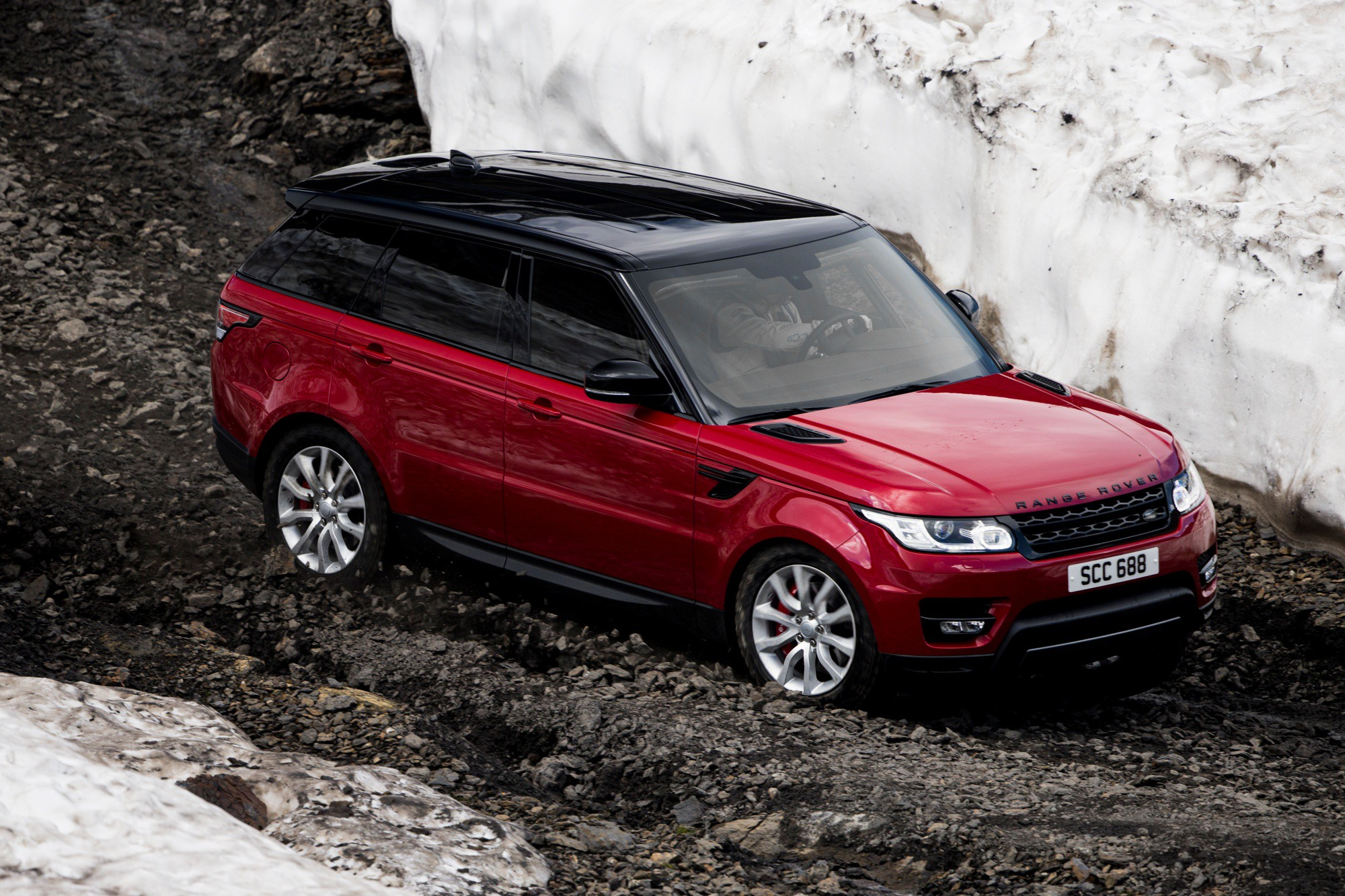 Ex Stig Drives Range Rover Sport on Downhill Ski Course Just for