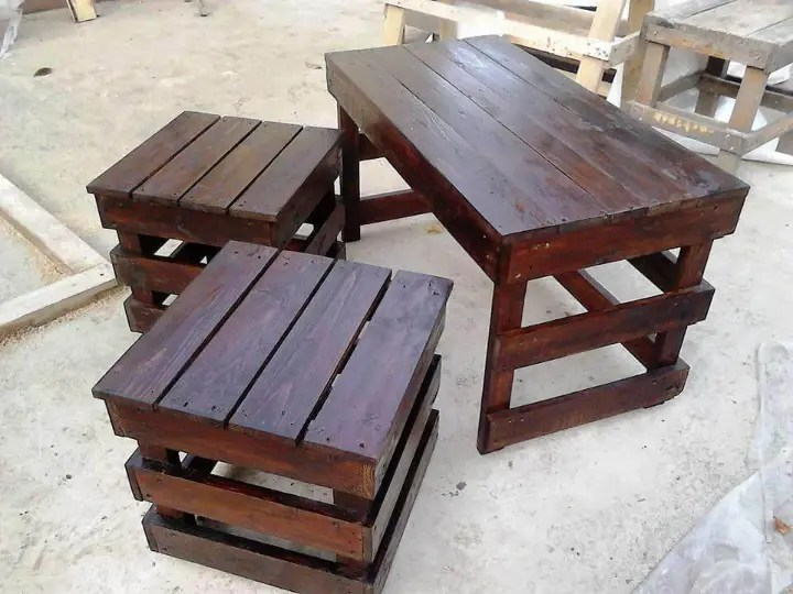 Pallet Coffee Table With Side Tables