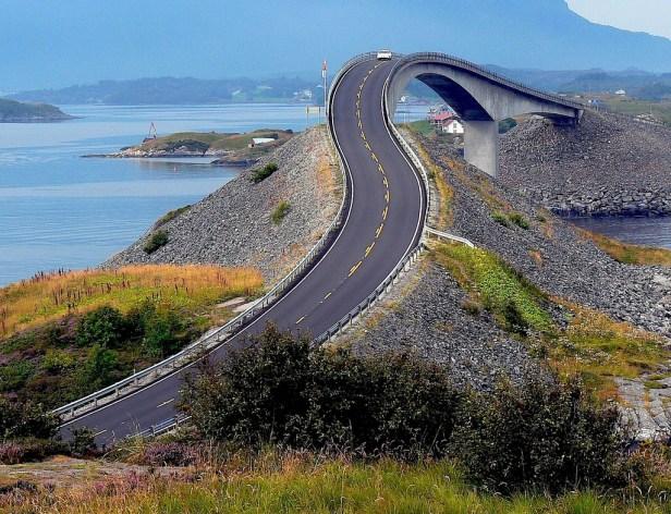 beautiful drives - atlantic ocean road norway