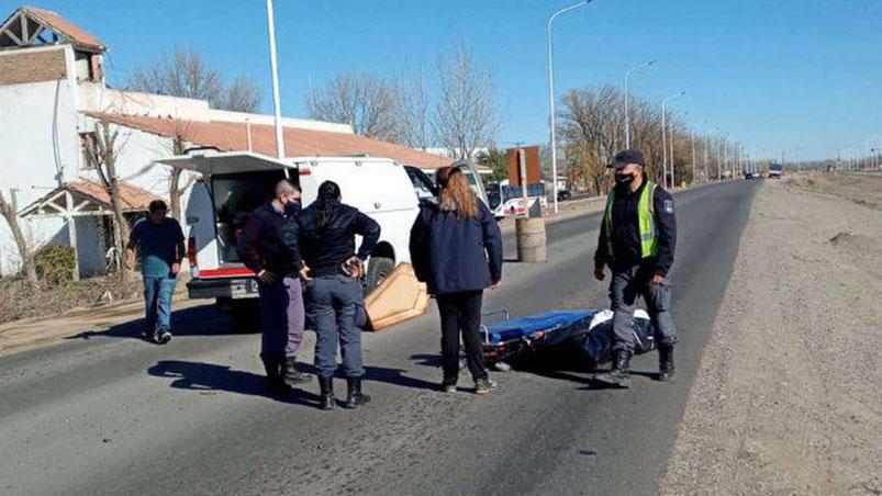 Murió por Covid y tenía una hija de 4 años: quién era la joven cuyo ataúd  cayó en plena ruta - ElDoce.tv