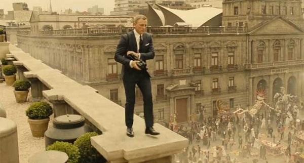 spectre - bond in mexico