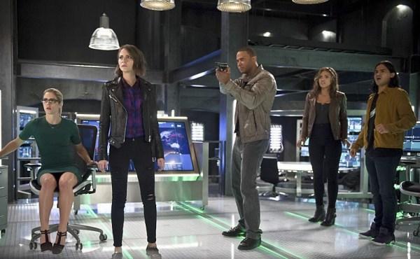 Felicity Smoak, Thea Queen, John Diggle, Kendra Saunders, Cisco Ramon - The Flash