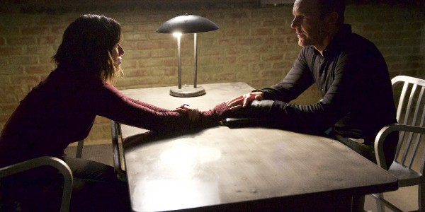 """MARVEL'S AGENTS OF S.H.I.E.L.D. - """"Closure"""" - Ward's campaign for revenge brings the S.H.I.E.L.D. team to their knees, and Coulson proves he will do anything to settle the score, on """"Marvel's Agents of S.H.I.E.L.D.,"""" TUESDAY, DECEMBER 1 (9:00-10:00 p.m., ET) on the ABC Television Network. (ABC/Greg Gayne) CHLOE BENNET, CLARK GREGG"""