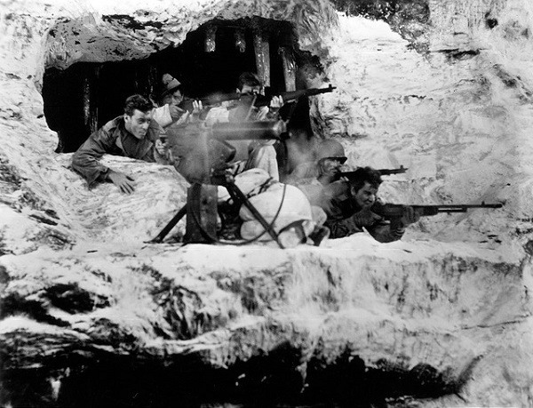 Fixed Bayonets - men at war