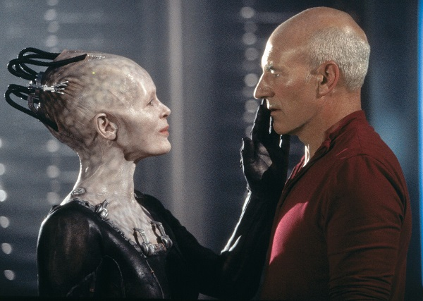 star-trek-first-contact-picard-and-the-borg-queen
