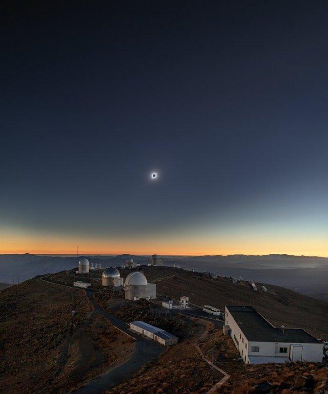 Recuerdos del eclipse solar sobre La Silla