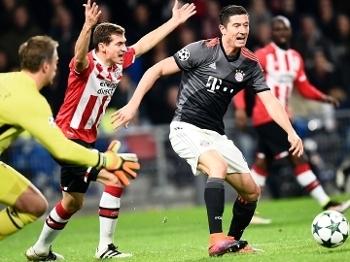 Lewandowski Bayern PSV Champions 01/11/2016