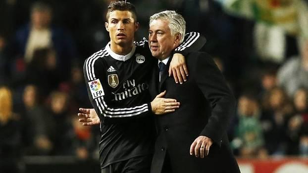 Cristiano Ronaldo defendeu Ancelotti, mas não adiantou: o treinador foi demitido nesta segunda