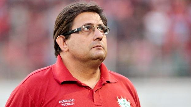 Guto Ferreira era o técnico da Portuguesa na última rodada do Brasileiro