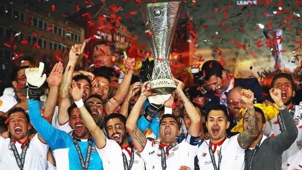 Sevilla Comemora Levanta Trofeu Liga Europa 18/05/2016