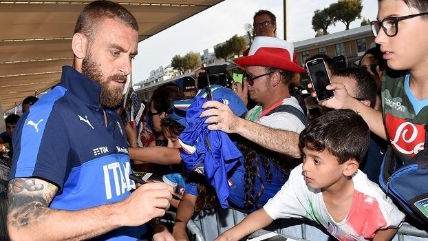 De Rossi Autografo Treino Italia Euro-2016 29/06/2016