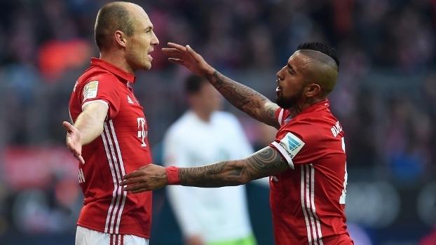 Robben abriu o placar para o Bayern sobre o Wolfsburg