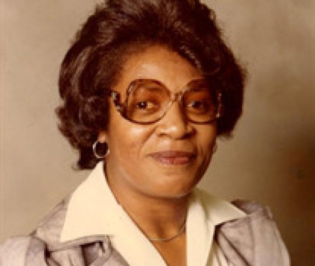 Mrs Carolyn Louise Reese