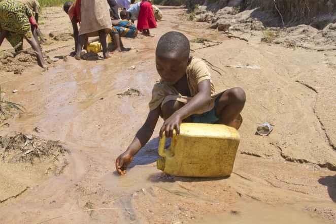 Burundi girl