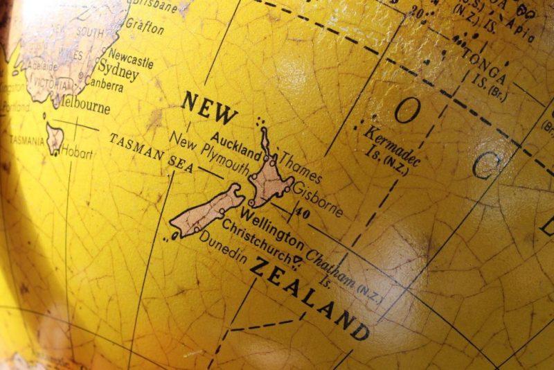 Mapa da Nova Zelândia no globo.