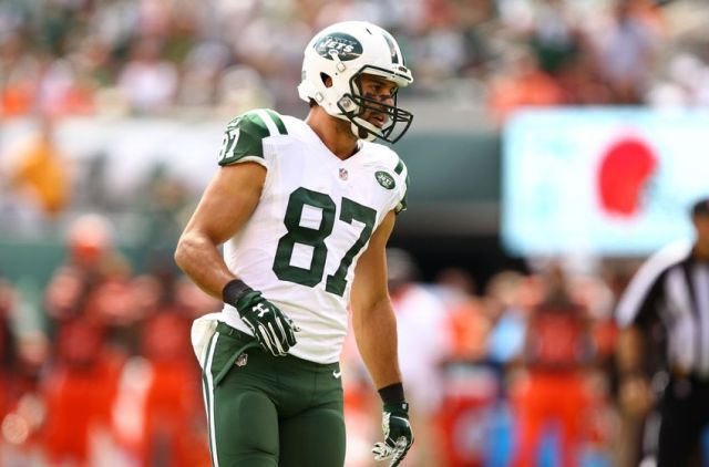 Sep 13, 2015; East Rutherford, NJ, USA; New York Jets wide receiver Eric Decker (87) during the first half at MetLife Stadium. Mandatory Credit: Danny Wild-USA TODAY Sports