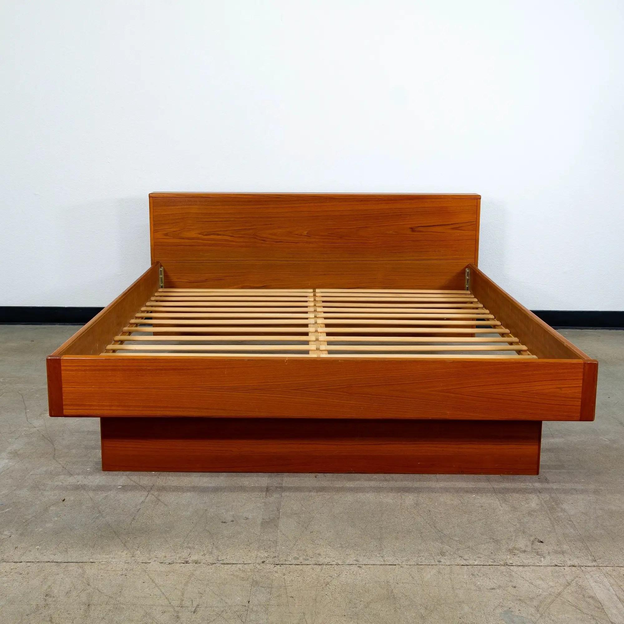 Teak Danish Modern Queen Platform Bed Frame Loveseat Online Auctions San Diego
