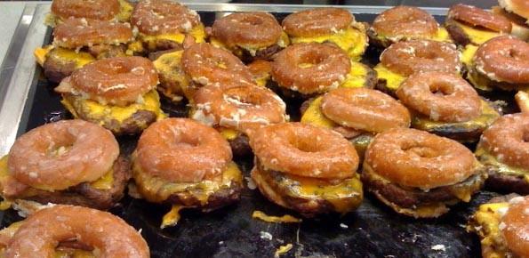 8. Жареные пончики с котлетой и сыром еда, своими руками, сделай сам