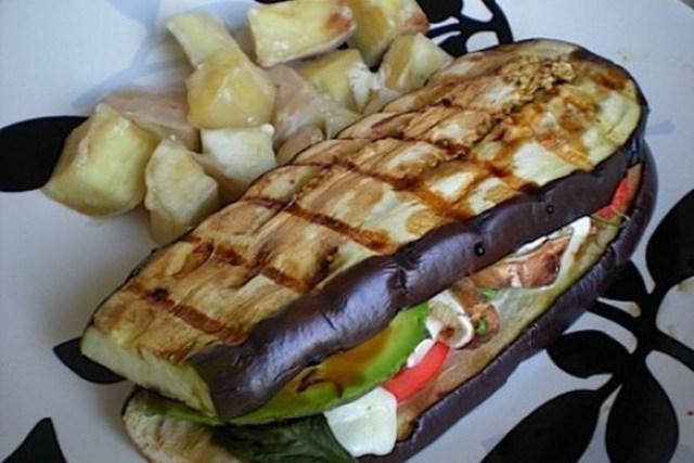 11. Сендвич из баклажанов обжаренных на гриле еда, своими руками, сделай сам