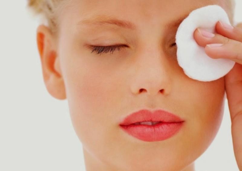 10. Используйте вазелин для снятия макияжа вазелин, применение, способ