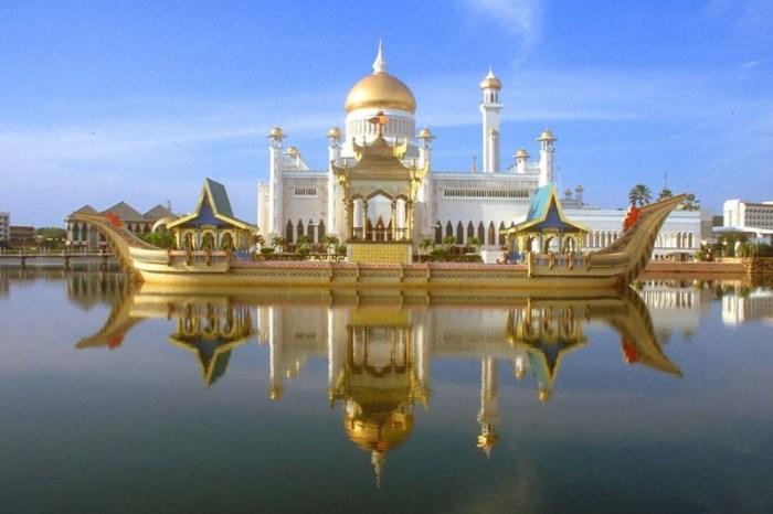 8. Мечеть Султана Омара Али Сайфуддина, Бруней красота, мечеть, мир