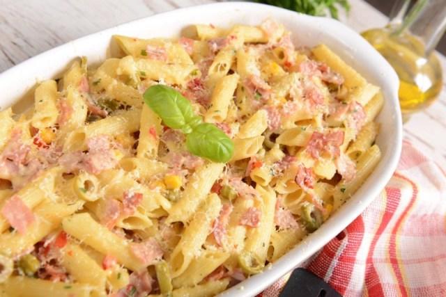 Запеканка с макаронами и ветчиной еда, запеканка, просто и вкусно