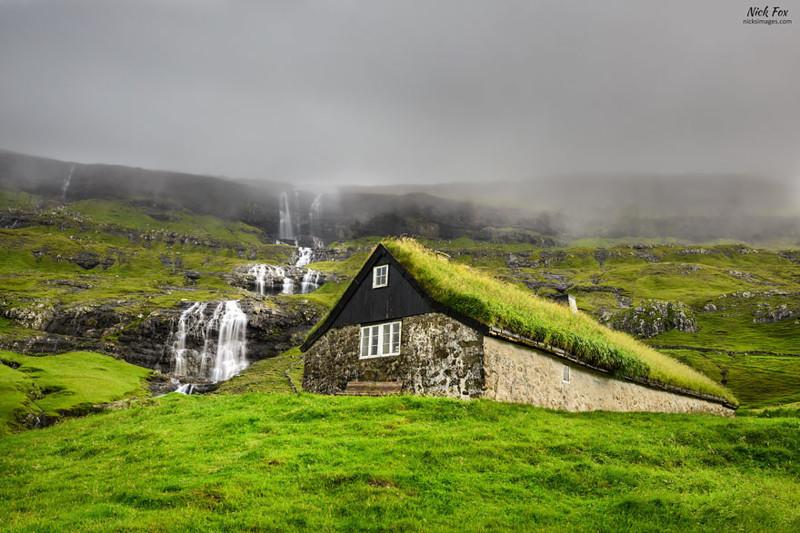 Стреймой, Фарерские острова  дом, крыша, озеленение, скандинавия