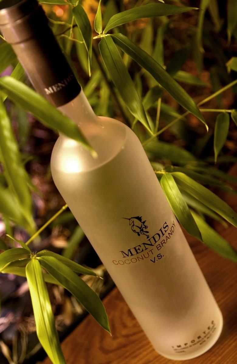 4. Mendis Coconut Brandy - $1 млн. алкоголь, стоимость