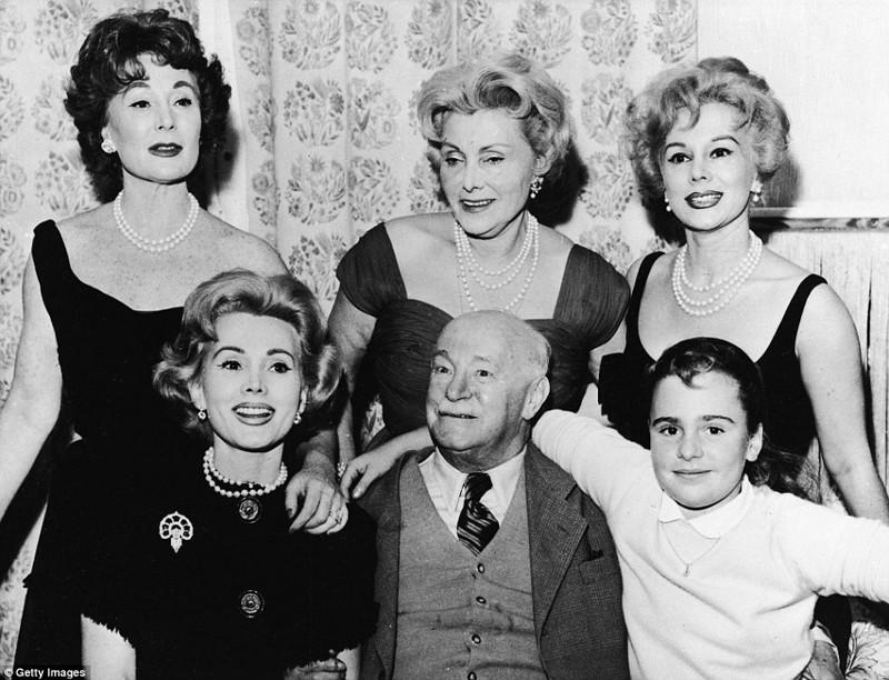 Три поколения Габор, Вена, Австрия, 1955 год  Жа Жа Габор, актриса, жизнь, смерть