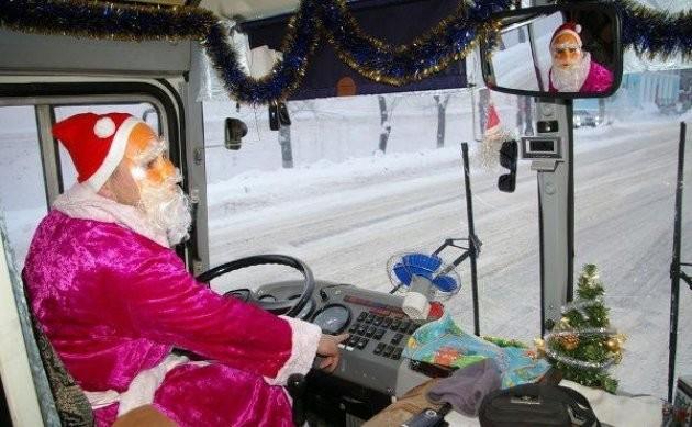 """Следующая остановка """"Северный полюс"""" новогоднее настроение, новый год, транспорт, украшения"""