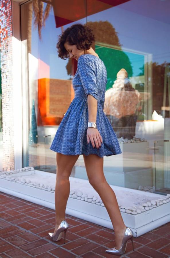 Стройные девушки в коротких платьях девушки, девушки в коротких платьях, удачный кадр