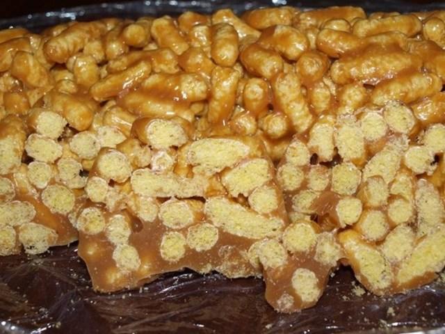 """""""Колбаска"""" из кукурузных палочек без выпечки, вкусно, интересно, рецепты, сладости"""