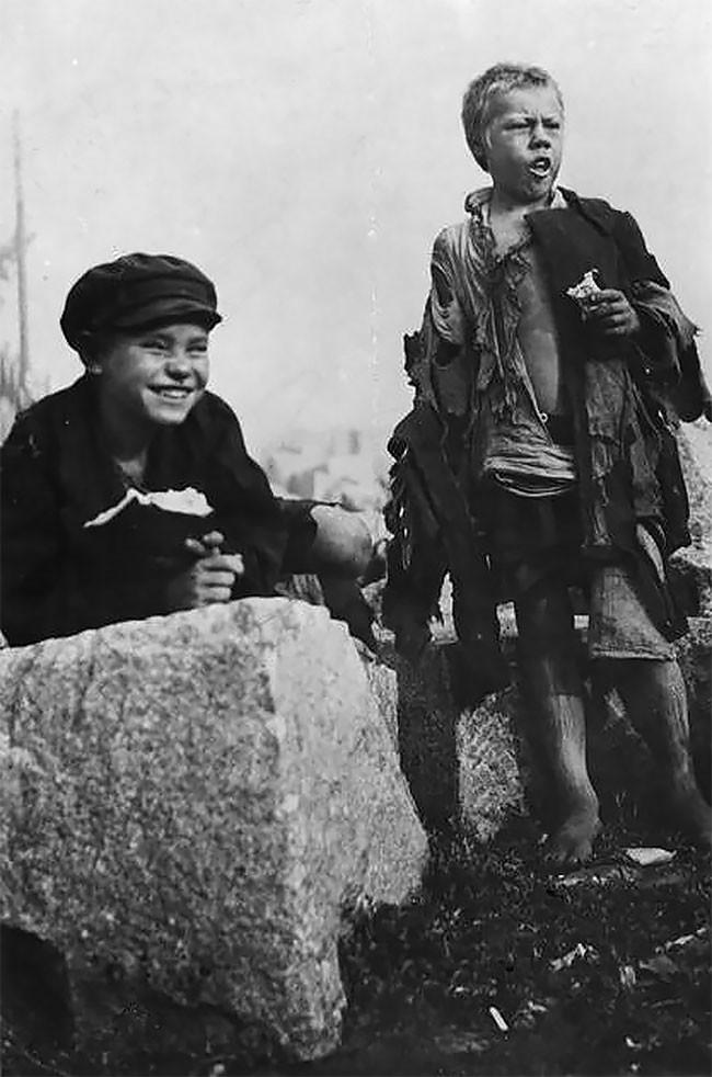 Бездомные дети. Москва, 1922 год беспризорники, гражданская война, дети, история, редкие снимки, россия, сироты, фото