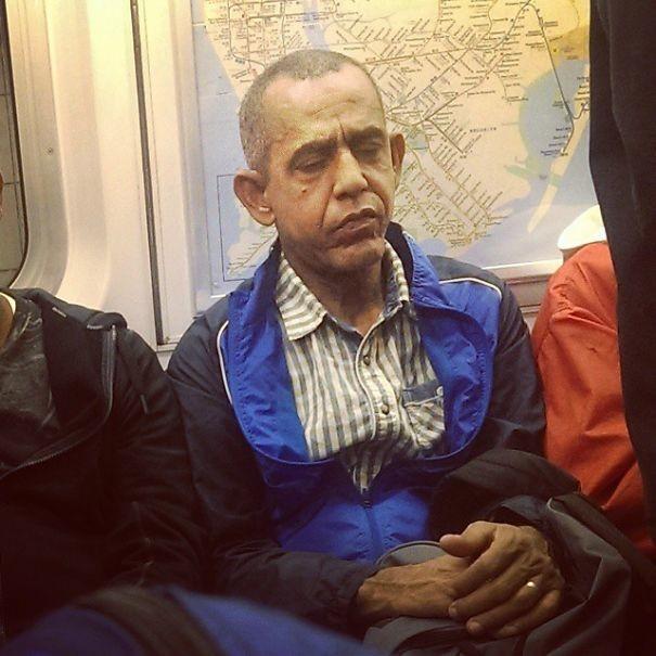 Двойник Обамы  люди, метро, мир, подземка, прикол, фото, фрик, юмор