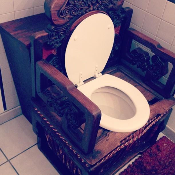 Тронное место дизайн, прикол, санузел, туалет, унитаз