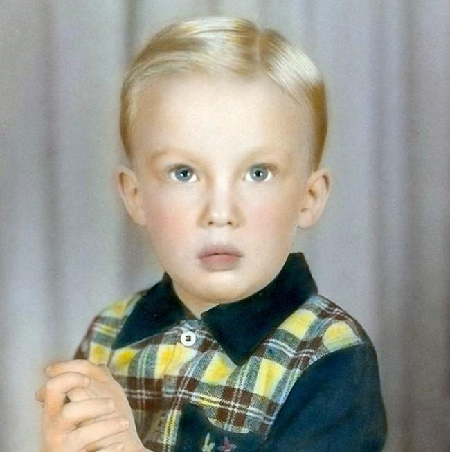 4. А этот белокурый мальчик удивит всю планету детство, политики, фотографии