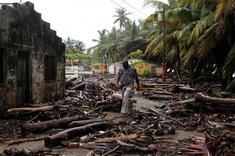 Улицы города Нагуа, Доминикана, после прохождения урагана Ирма Центральная Америка, ирма, катастрофа, разрушения, стихийное бедствие, стихия, ураган, флорида