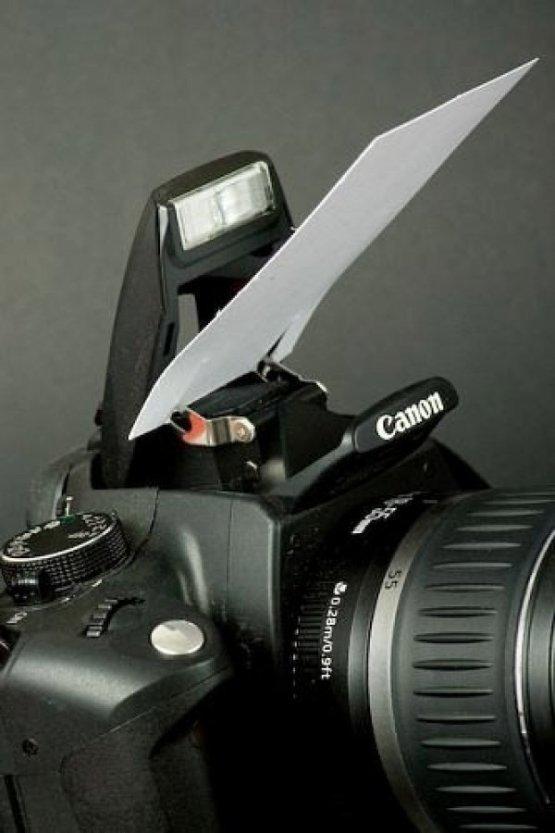13. Используйте визитку в качестве отражателя для вспышки идеи, интересно, камера, полезно, советы, трюки, фото, фотоаппарат