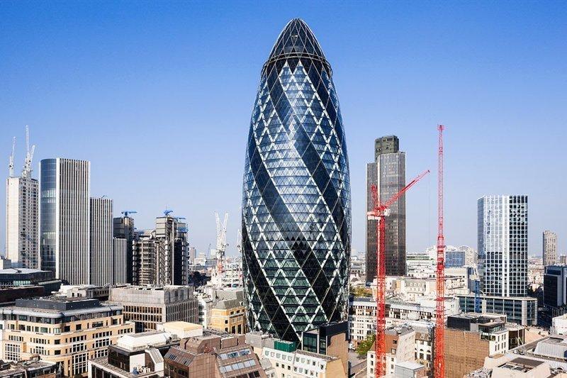 Еще офис же нужен? Лондонский небоскреб Мэри-Экс (Огурец) продается всего за 1,5  миллиарда долларов. Пыль для моряка... богато, вещи, дорого, миллиардеры, покупки