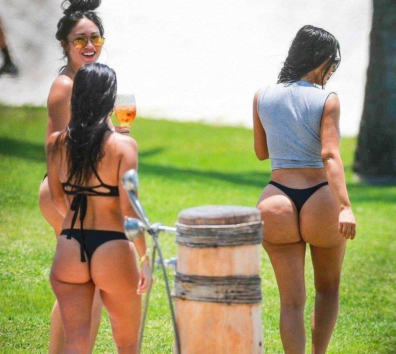 Купальник со стрингами бикини, девушки, море, пляж, полезности, советы, фото