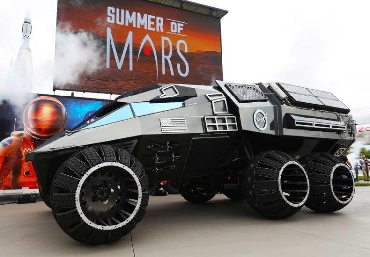14. Вот как выглядит первый управляемый человеком марсоход, построенный НАСА. Пока он припаркован на Земле, но это только пока в мире, познавательно, удивительно, фото, фотомир