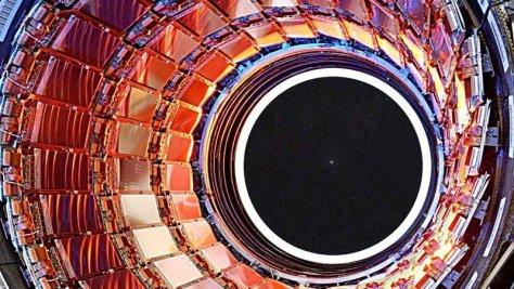 Большой адронный коллайдер: конец света ближе, чем мы думали бозон Хиггса, коллайдер, наука, частиц, черная дыра, эксперимент