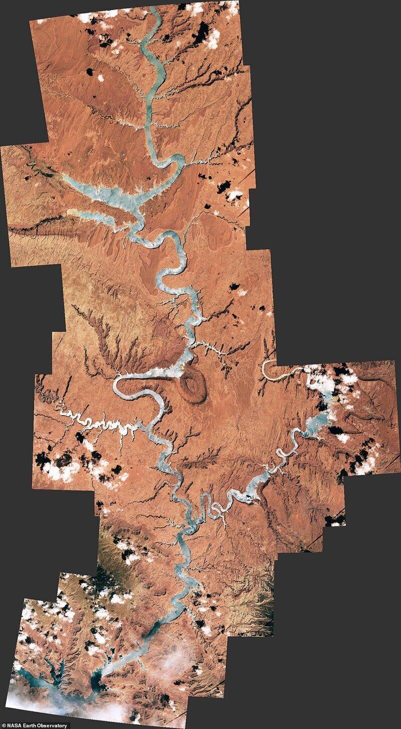 Ғарыштан UTAH және Arizona арқылы өтіп бара жатқан каньон гленге дейін қарау. Шын мәнінде, ХҒС Басқармасынан ғарышкерлер жасаған бірнеше суреттер осында байланысты.