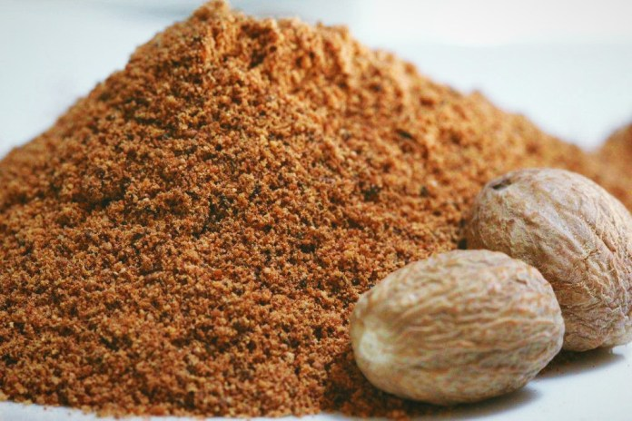 Nutmeg-ground-main-or-closeup