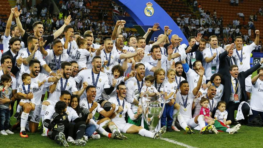 La Liga fantasy - Real Madrid lifting the Primera Division's legendary trophy