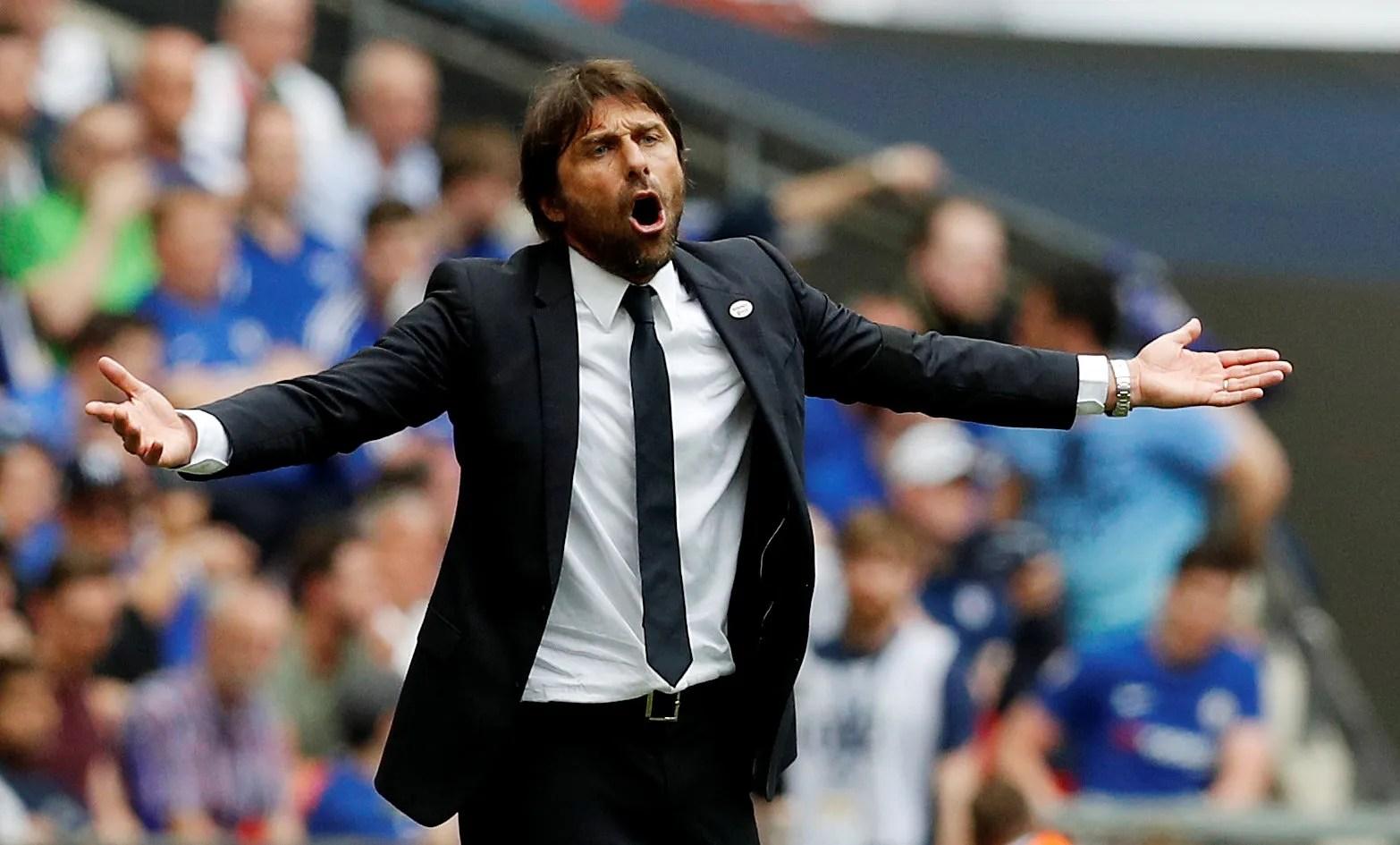 Antonio Conte remonstrates on the touchline