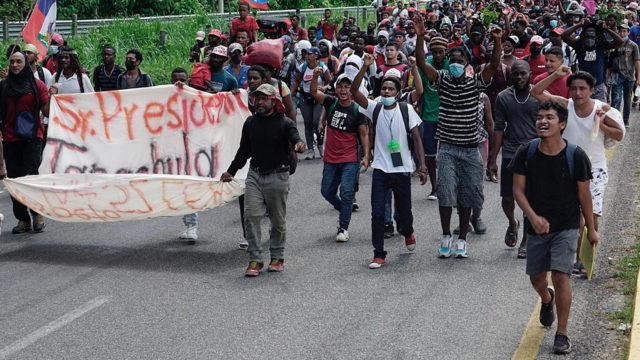 A caravan of Haitian migrants leaves southern Mexico in the direction of the United States.