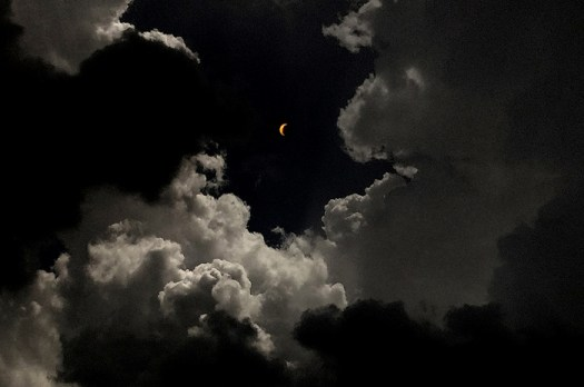 How I Shot and Edited This Solar Eclipse Photo Using Only My Phone